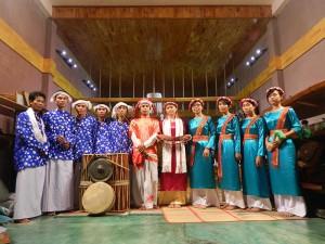 Một số thành viên Kawom Khik Nâm Krung